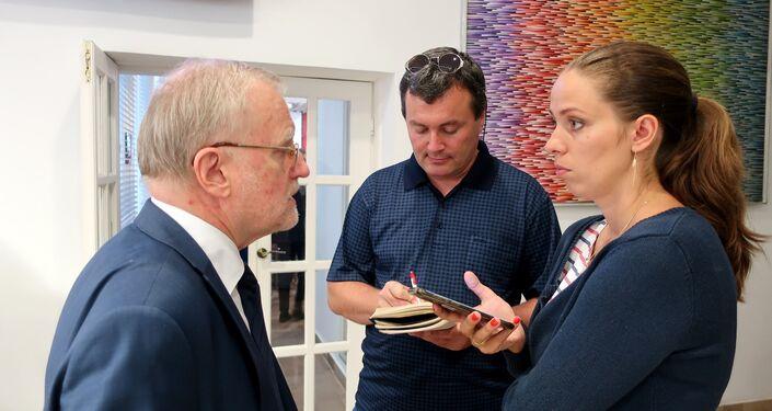 Radca handlowy przy Ambasadzie Federacji Rosyjskiej w Polsce Aleksander Jerszow udziela wywiadu