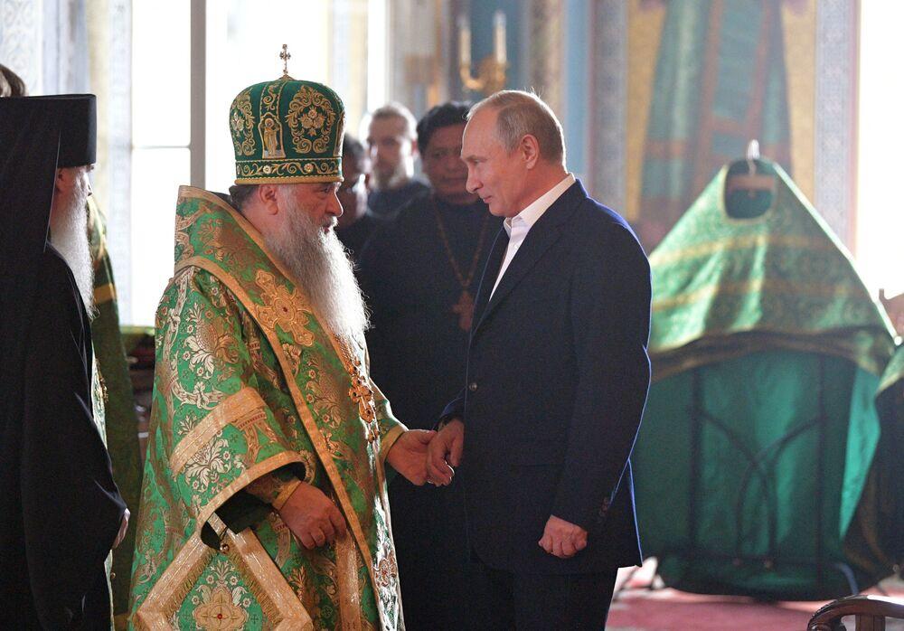 Władimir Putin odwiedza Monastyr Wałaamski w Karelii