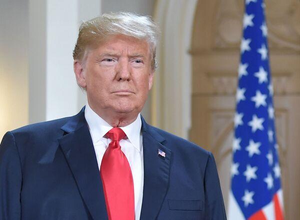 Prezydent USA Donald Trump przybył do Helsinek na spotkanie z Władimirem Putinem - Sputnik Polska