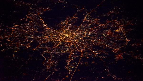 Widok na nocną Moskwę z kosmosu - Sputnik Polska