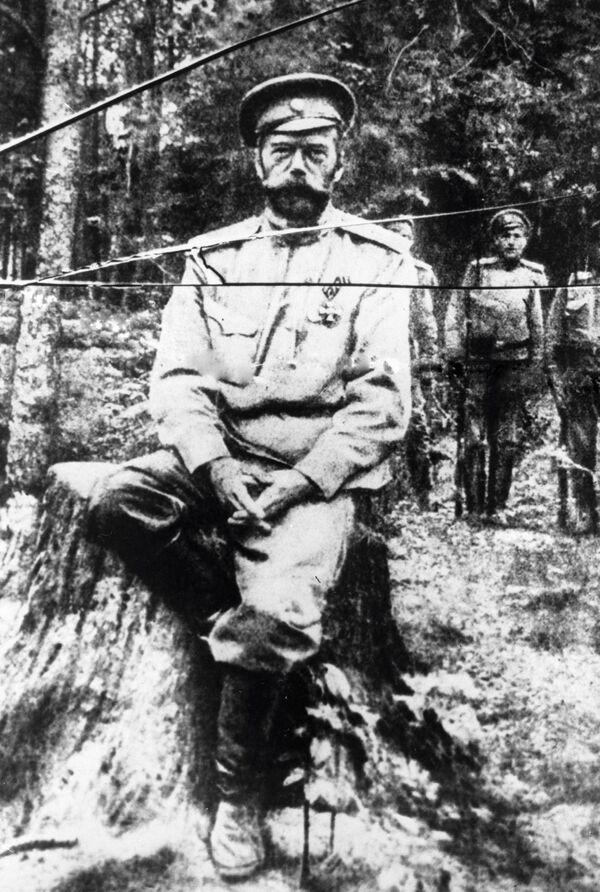 Jedno z ostatnich w życiu zdjęć Mikołaja II - Sputnik Polska