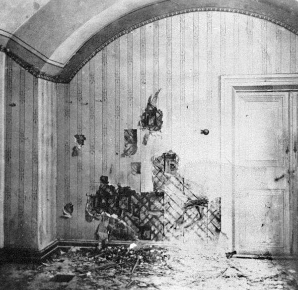 Dom inżyniera Ipatiewa w Jekaterynburgu, w którym rodzina carska spędziła ostatnie dni swojego życia. W tym pomieszczeniu rozstrzelano członków rodziny carskiej - Sputnik Polska