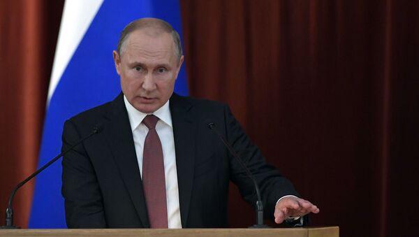 Prezydent Rosji Władimir Putin na posiedzeniu ambasadorów i stałych przedstawicieli Rosji - Sputnik Polska