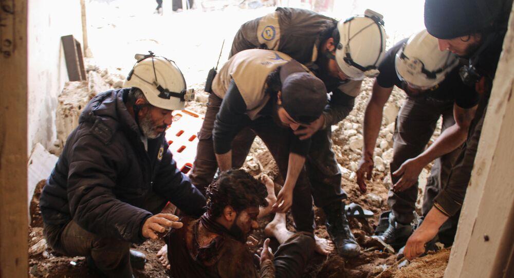 Aktywiści ruchu Białe Hełmy w Syrii
