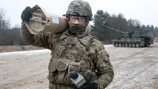 Amerykański żołnierz podczas ćwiczeń wojskowych w Niemczech. Zdjęcie archiwalne - Sputnik Polska