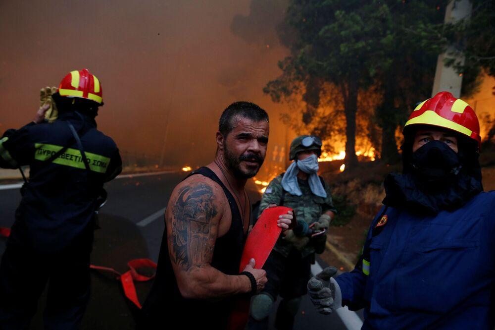 Walka z pożarami w Grecji