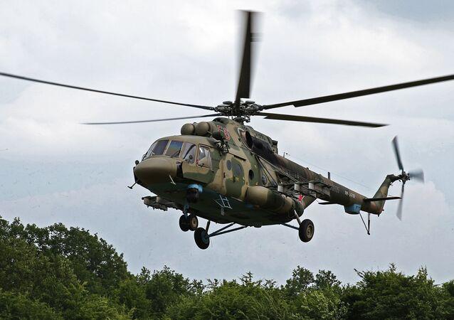 Śmigłowiec Mi-8AMTSZ na ćwiczeniach jednostek specjalnego przeznaczenie w Południowym Okręgu Wojskowym w Kraju Krasnodarskim