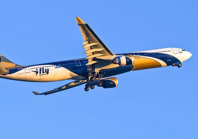 Samolot A-330 linii lotniczych iFly. Zdjęcie archiwalne