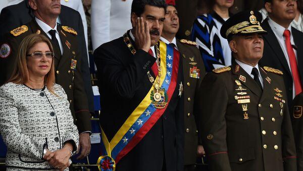 Prezydent Wenezueli Nicolas Maduro podczas przemówienia w Caracas został zaatakowany przy użyciu dwóch dronów wypełnionych materiałami wybuchowymi - Sputnik Polska
