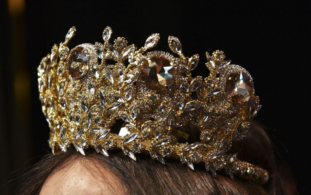 Korona zwyciężczyni konkursu piękności Miss WNP 2018