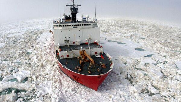 Amerykański lodołamacz Healy - Sputnik Polska