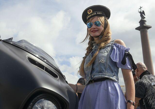 Uczestniczka festiwalu St.Petersburg Harley Days