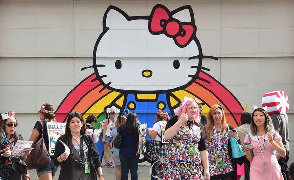 Fani Hello Kitty w japońskiej dzielnicy w Los Angeles - Sputnik Polska