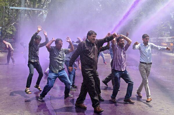 Protesty w Srinagar, Indie - Sputnik Polska