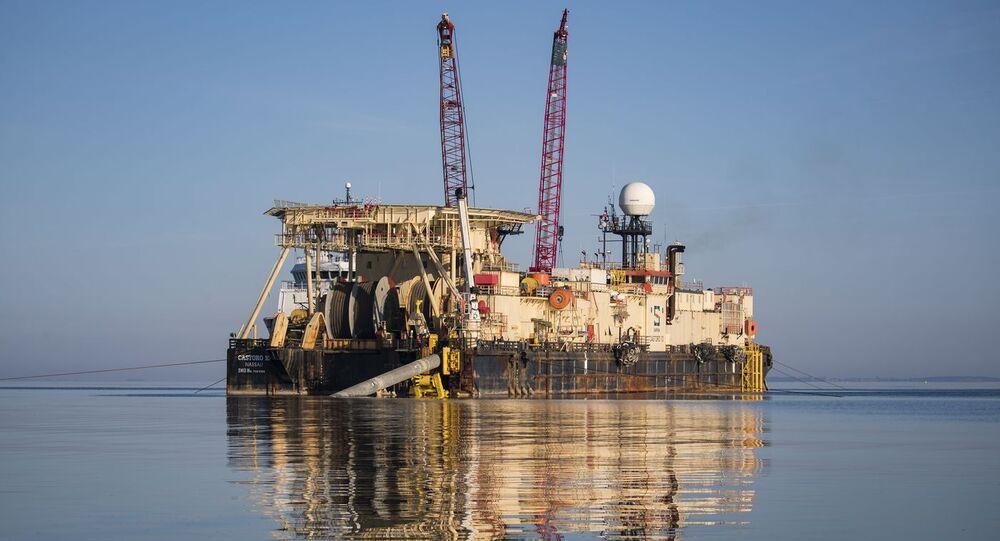 Statek Castoro 10 gotowe do spawania rur