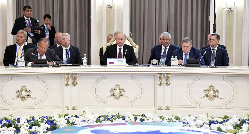 Przywódcy na szczycie w Aktau