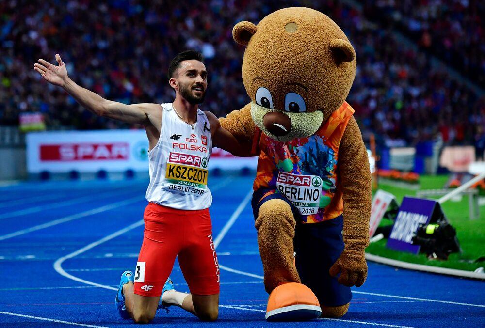 Adam Kszczot (RKS Łódź) zdobył złoty medal w biegu na 800 m