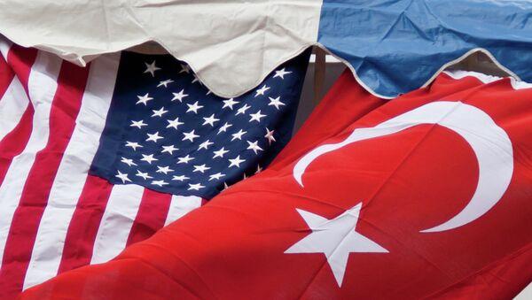 Flagi Turcji i USA - Sputnik Polska