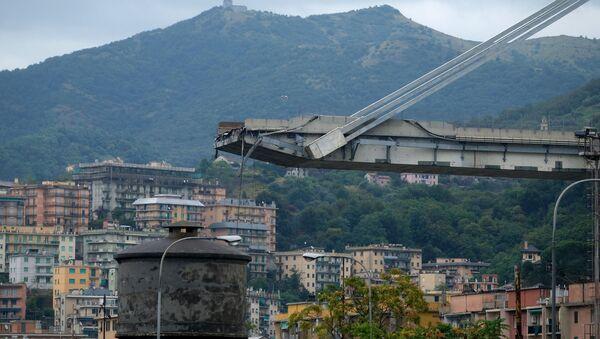 Zawalony most w Genui, Włochy - Sputnik Polska
