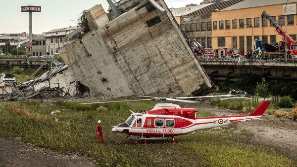 Miejsce, gdzie doszło do zawalenia się wiaduktu Morandi w Genui - Sputnik Polska