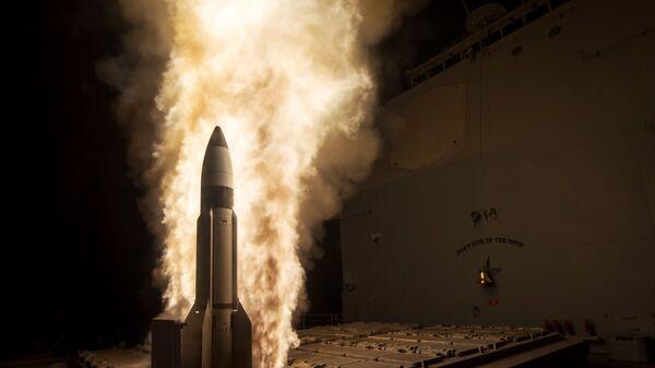 Start amerykańskiej rakiety sterowalnej SM-3 - Sputnik Polska