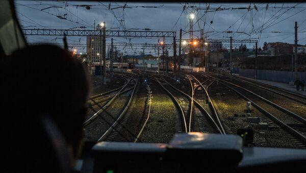 Maszynista w pociągu - Sputnik Polska