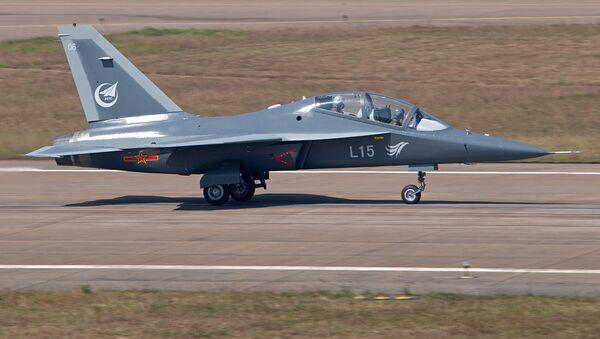 Chiński bojowy samolot szkoleniowy JL-10 - Sputnik Polska