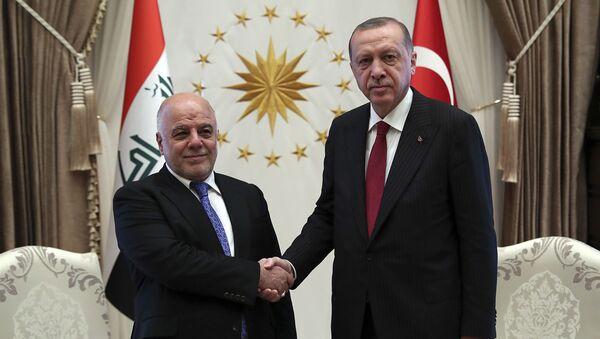 Prezydent Turcji Recep Tayyip Erdogan i premier Iraku Hajdar al-Abadi w czasie spotkania w Ankarze - Sputnik Polska
