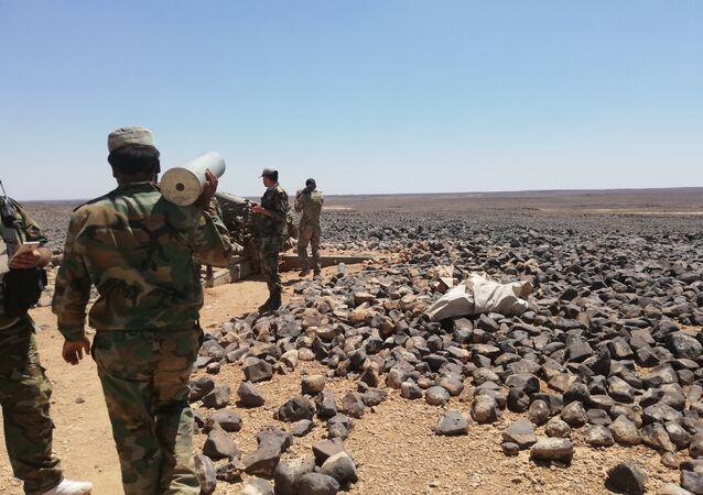 Syryjska armia otoczyła terrorystów w pustyni