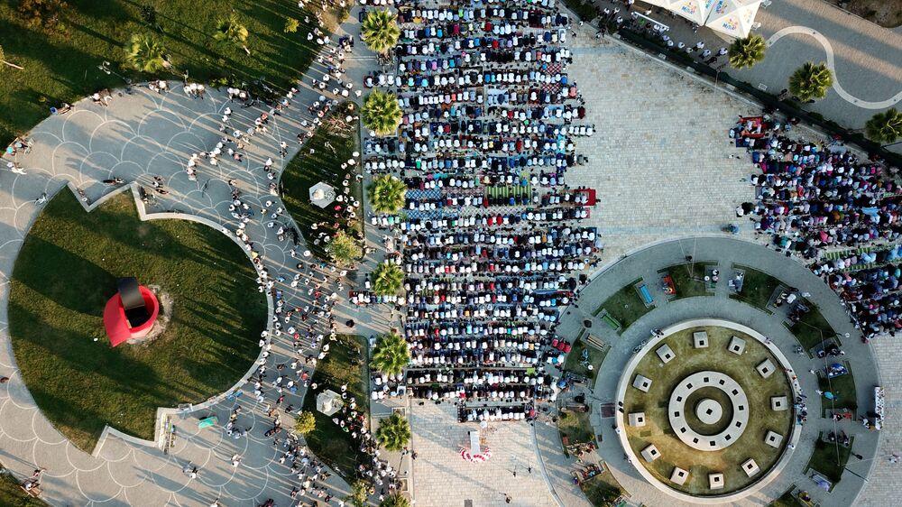 Modlitwa. Kavaja, Albania