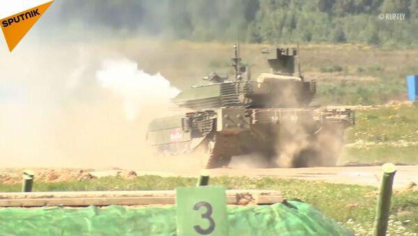 """T-90M """"Proryw-3"""" po raz pierwszy został zaprezentowany publicznie w Alabino pod Moskwą - Sputnik Polska"""