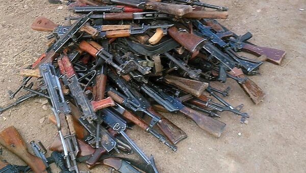 Broń złożona przez terrorystów, obrzeża Damaszku - Sputnik Polska