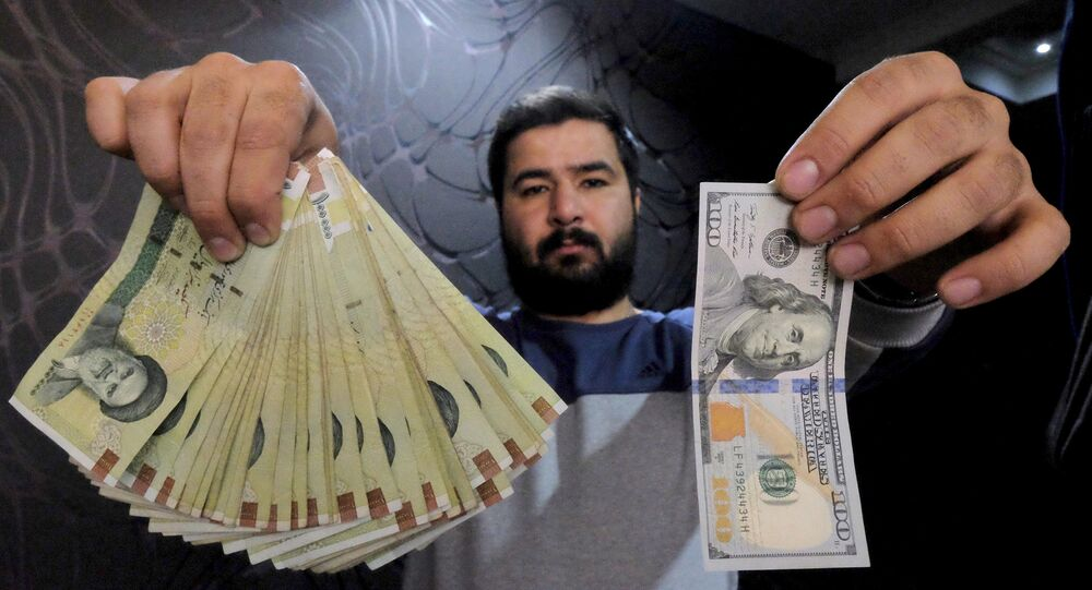 Amerykańskie dolary i irańskie riale
