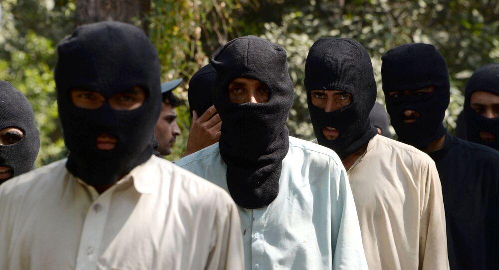 Bojownicy PI i Talibana, Afganistan