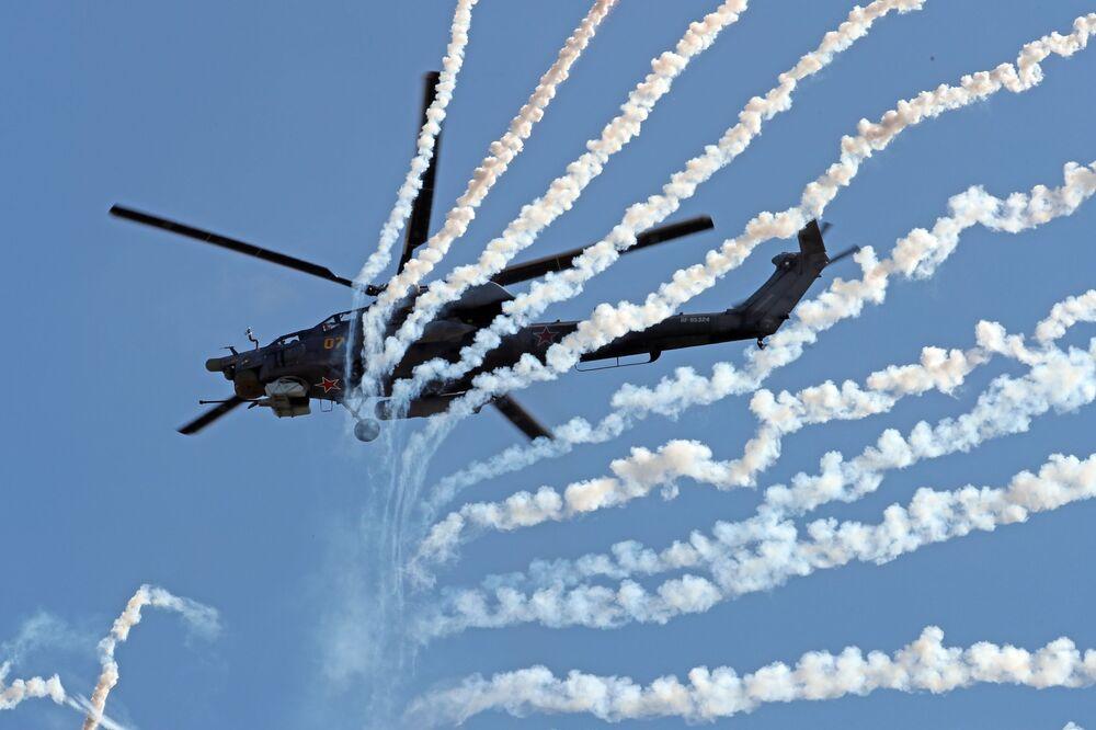 Śmigłowiec szturmowy Mi-28N na IV Międzynarodowym Forum Wojskowym Armia-2018