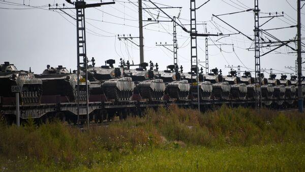 Przygotowania do manewrów Wostok 2018 - Sputnik Polska