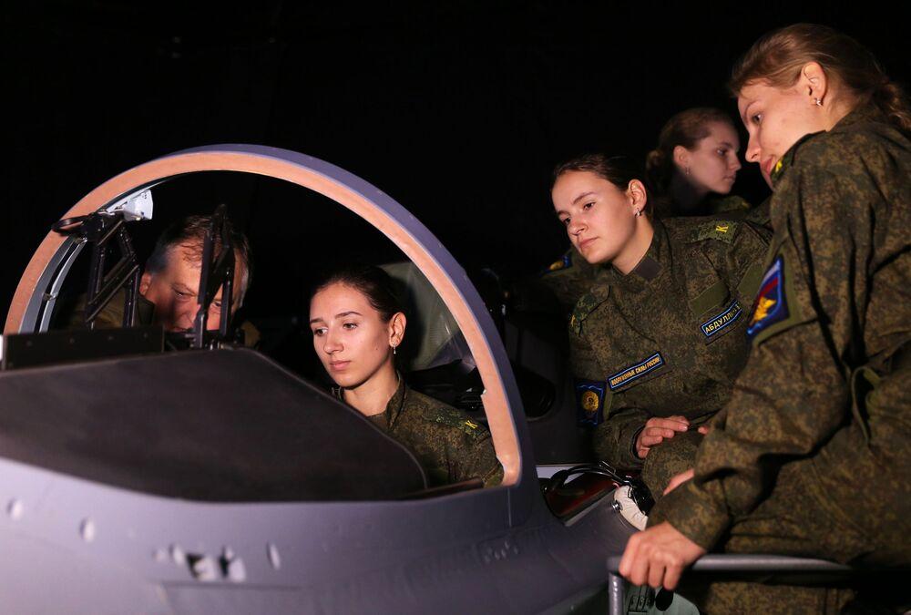 Rosjanki w armii