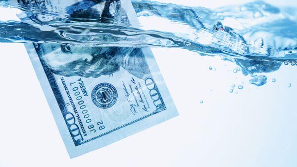 Dolar w wodzie - Sputnik Polska