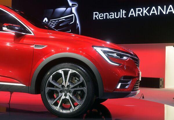 Renault Arkana na Międzynarodowym Salonie Samochodowym w Moskwie - Sputnik Polska
