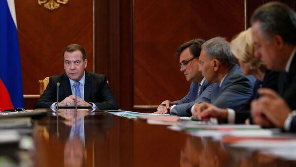 Posiedzenie rosyjskiego rządu z udziałem premiera Dmitrija Miedwiediewa - Sputnik Polska