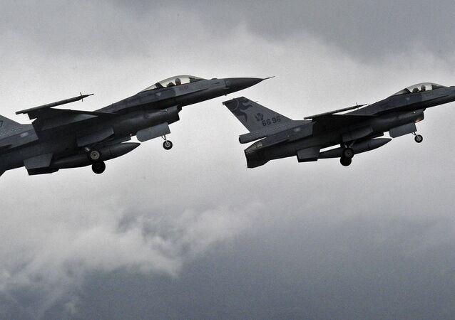 Myśliwce F-16