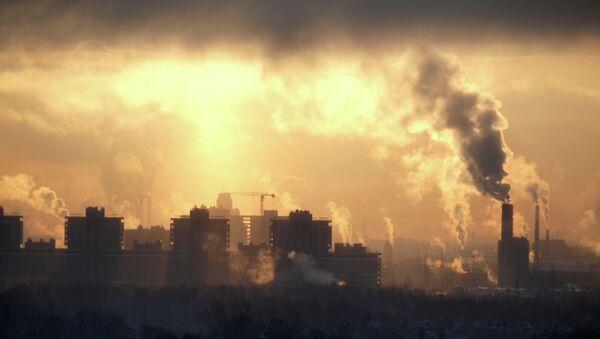 Emisja substancji szkodliwych do atmosfery - Sputnik Polska