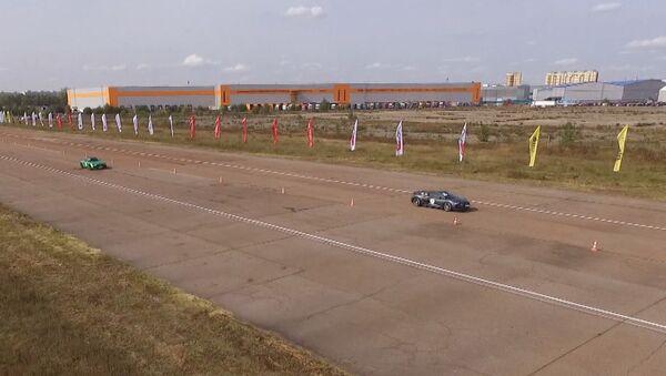 Wyścigi z prędkością 400 km/h - Sputnik Polska