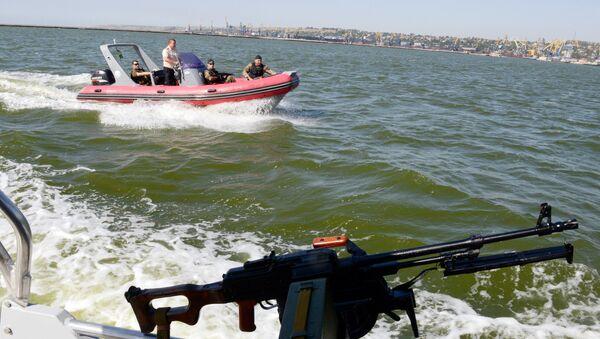 Straż przybrzeżna Ukrainy na Morzu Azowskim - Sputnik Polska