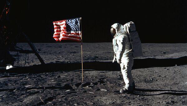 Apollo 11 - Sputnik Polska