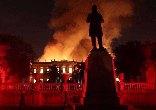 Pożar w budynku Muzeum Narodowego Brazylii w Rio de Janeiro