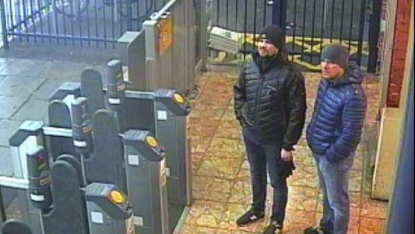 Rusłan Boszyrow i Aleksander Petrow, podejrzani o zatrucie Skripalów - Sputnik Polska