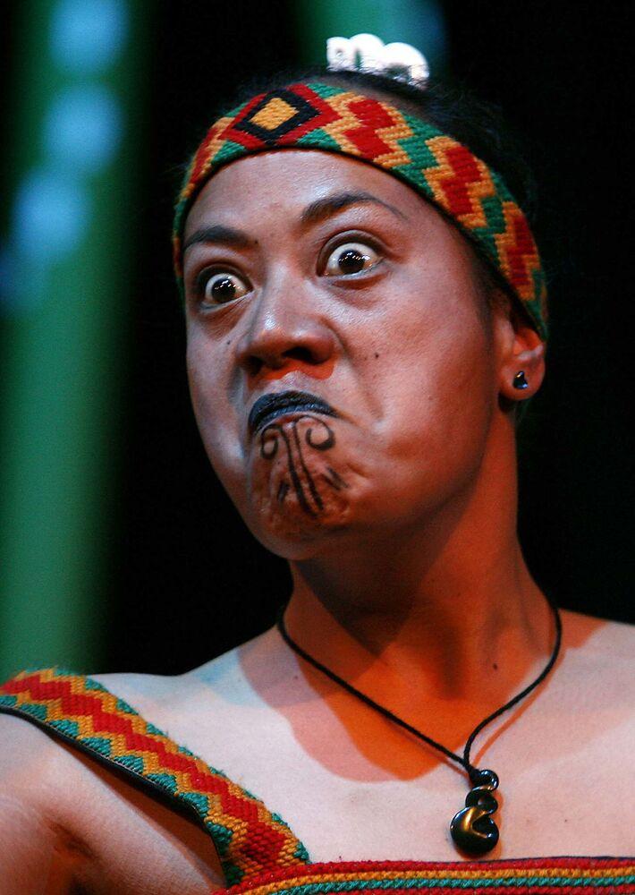 Dziewczyna z plemienia Maorysów