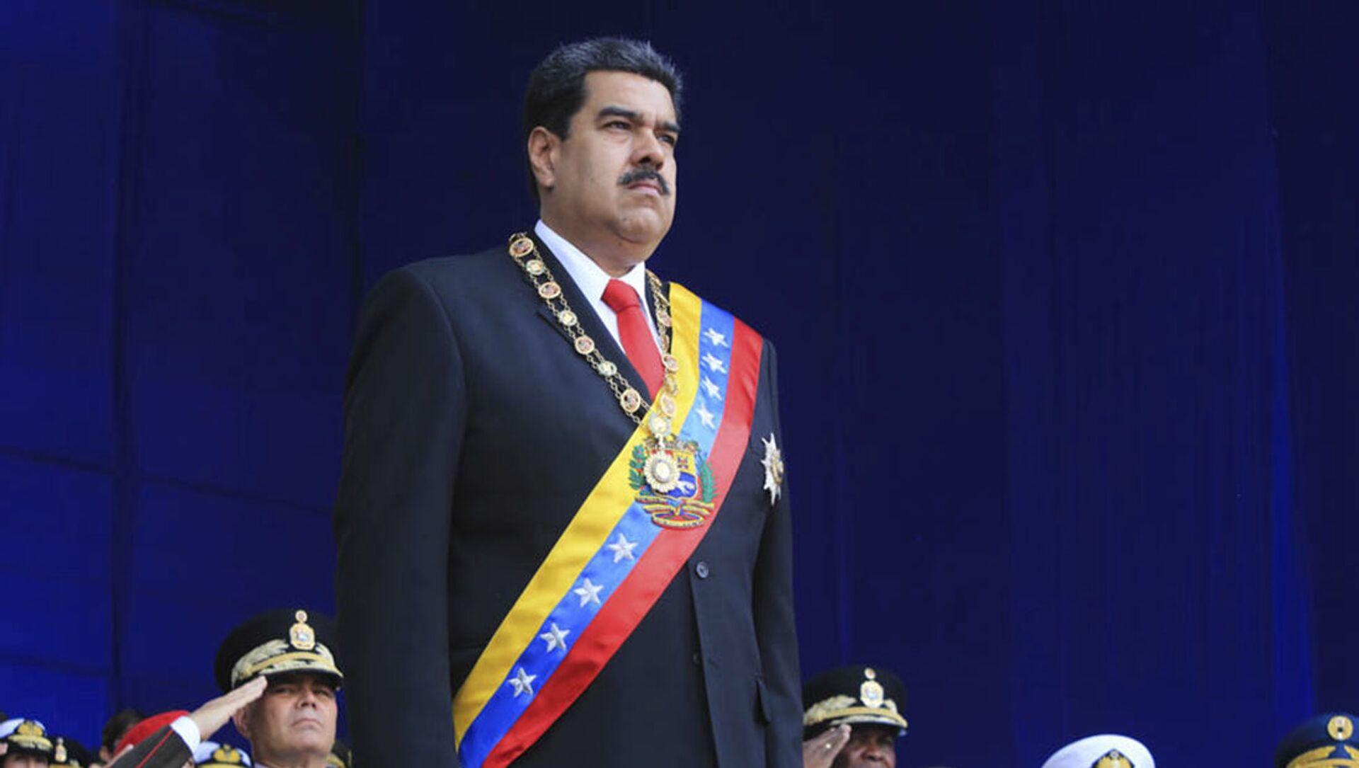 Prezydent Wenezueli Nicolas Maduro na defiladzie wojskowej w Caracas - Sputnik Polska, 1920, 06.03.2021