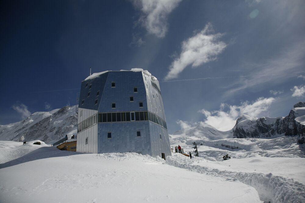 Dom dla alpinistów Monte Rosa w Szwajcarii